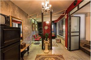 חלל עבודה הבית האדום - סטודיו לאמנים  בתל אביב