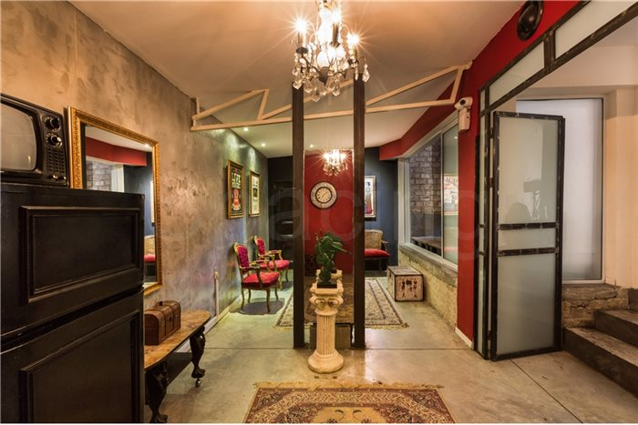 להפליא Spacing - הבית האדום - סטודיו לאמנים The red house BX-94
