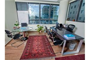 חדר ישיבות ריג'ס הרצליה פיתוח C