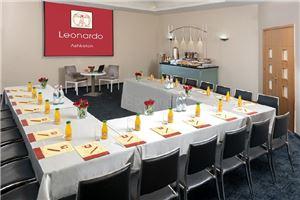 חדר ישיבות מלון לאונרדו אשקלון